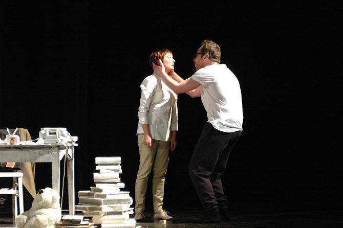 La Ville - Critique sortie Avignon / 2013 Avignon Théâtre des Lucioles