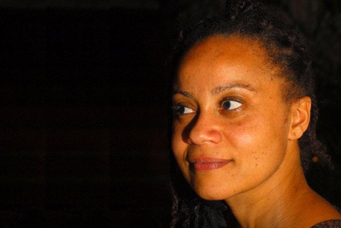 Propos recueillis Eva Doumbia - Critique sortie Théâtre Marseille La Criée