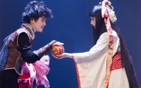 Omar Porras transpose Roméo et Juliette dans un Japon ancestral. Crédit photo : DR