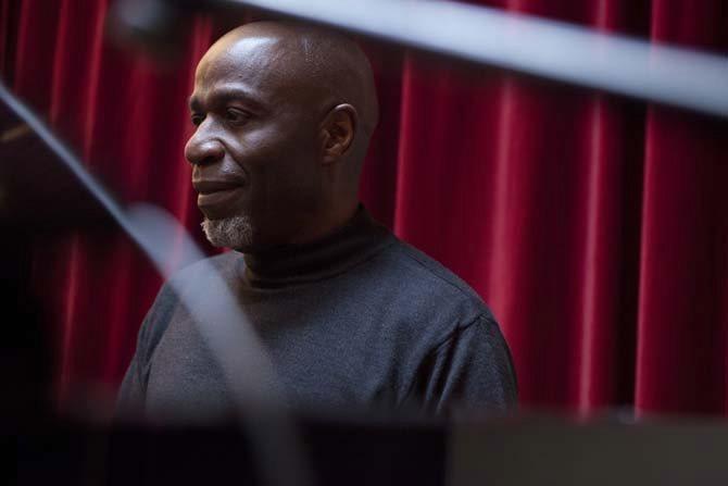 Ray Lema & les Tambours de Brazza - Critique sortie Jazz / Musiques Noisiel La Ferme du Buisson