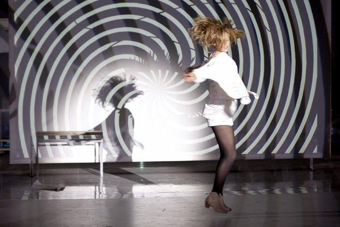 Anna – théâtre musical pop - Critique sortie Théâtre Paris Ferme du Buisson