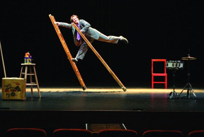 Circus incognitus - Critique sortie Théâtre Pontoise L'apostrophe-Théâtre des Louvrais