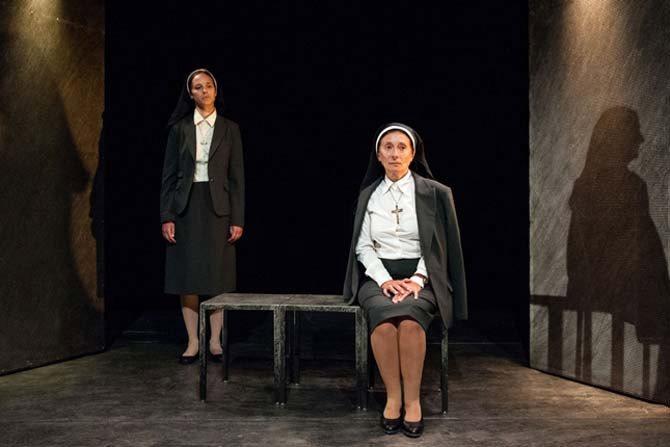 Doute - Critique sortie Théâtre Paris Théâtre du Petit Hébertot