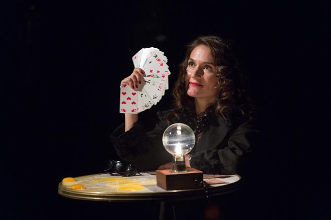 La Femme qui tua les poissons - Critique sortie Théâtre Montigny-le-Bretonneux __Théâtre de Saint-Quentin en Yvelines