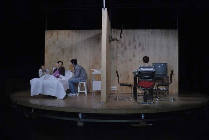 Le passé est un animal grotesque - Critique sortie Théâtre Paris Théâtre national de la Colline.