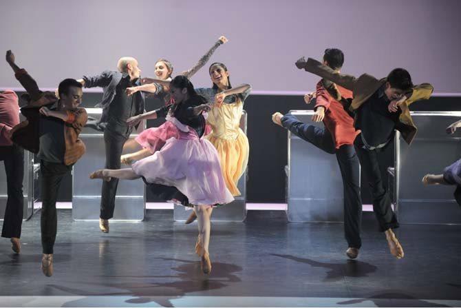 Bal - Critique sortie Danse Pantin Centre national de la danse