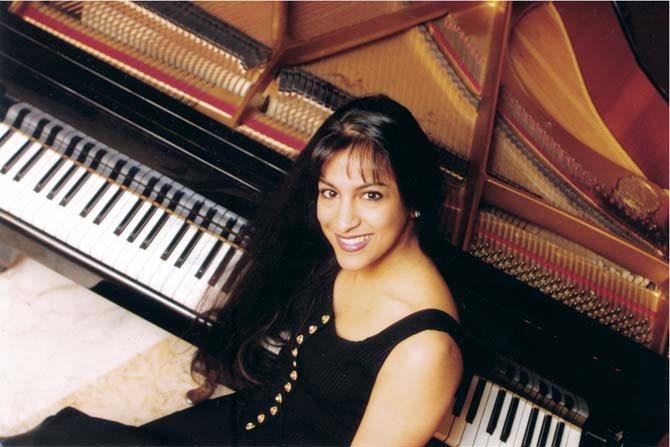 Entretien / Shani Diluka - Critique sortie Jazz / Musiques Nanterre _Maison de la Musique