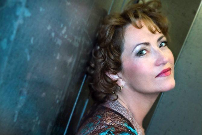 Propos recueillis / Laura Aikin - Critique sortie Classique / Opéra Paris Maison de Radio France