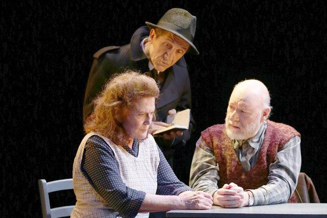 Seul dans Berlin ? - Critique sortie Théâtre Paris THEATRE DU LUCERNAIRE