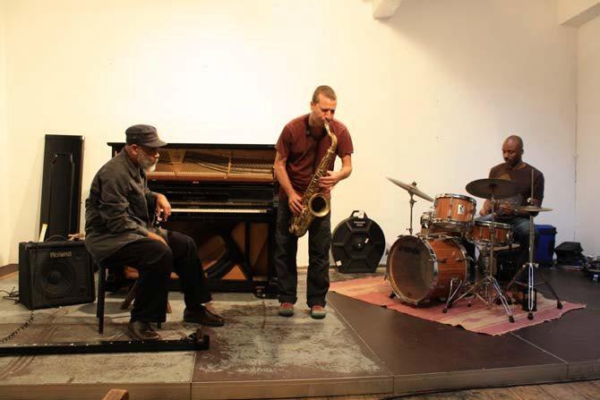 DIGITAL PRIMITIVES AFRICAN SOUL - Critique sortie Jazz / Musiques stains Espace Paul Eluard