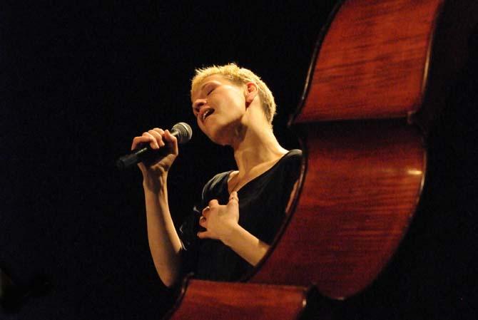 Propos recueillis Hildegarde Wanzlawe - Critique sortie Jazz / Musiques Ivry-sur-Seine Théâtre d'Ivry Antoine Vitez