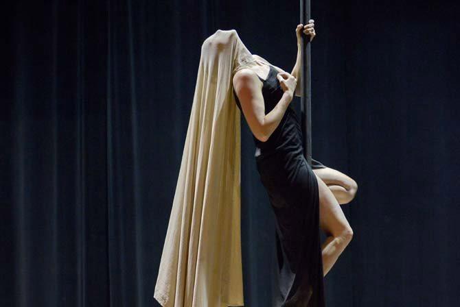 Propos recueillis / Fabienne Teulières - Critique sortie Cirque Alençon Carré du Perche de Mortagne