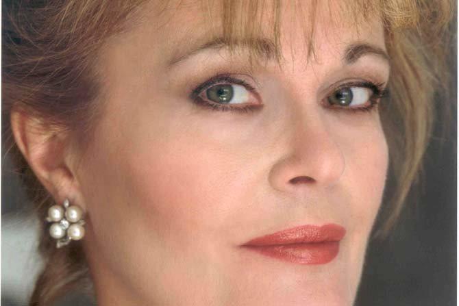 June Anderson - Critique sortie Classique / Opéra Paris Théâtre du Châtelet
