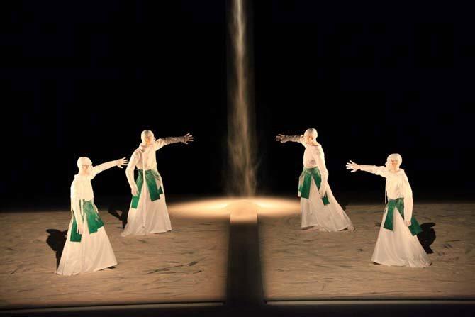 Sankai Juku en tournée - Critique sortie Danse Combs-le-Ville Scène nationale de Sénart / La Coupole