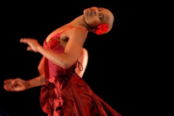 Crédit : John Hogg Légende : Dada Masilo, invitée de la Biennale pour sa Carmen et pour le Défilé.