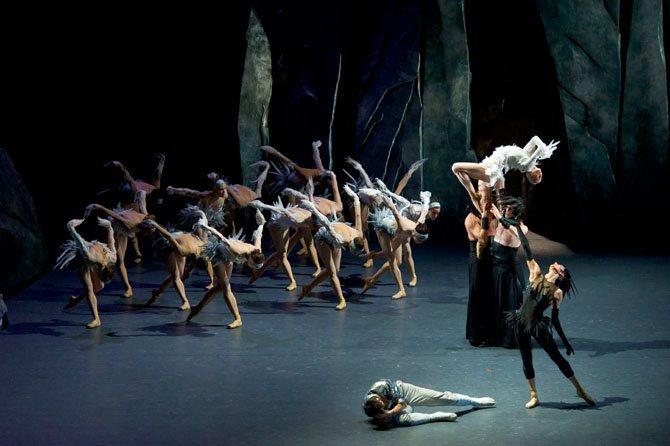 Lac - Critique sortie Danse Paris Théâtre national de Chaillot