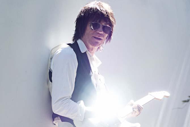 Jeff Beck - Critique sortie Jazz / Musiques Marseille Jardins du Palais de Longchamp