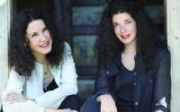Katia et Marielle Labèque viennent de participer à Los Angeles à un prestigieux festival célébrant l'anniversaire des 50 ans de la musique minimaliste.