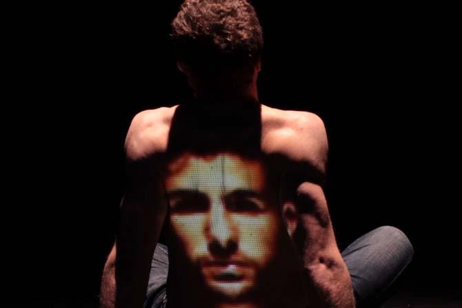 A l'ombre de Coré - Critique sortie Avignon / 2014 Avignon Théâtre Golovine