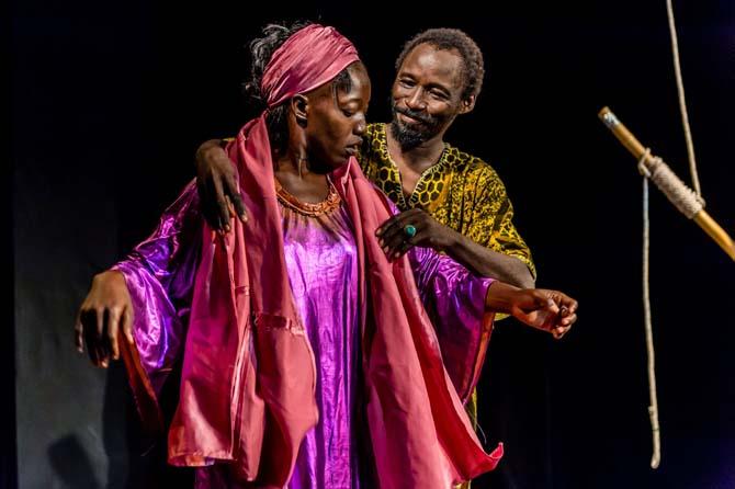 Candide l'Africain / Baâda, le Malade imaginaire - Critique sortie Avignon / 2014 Avignon Théâtre le Célimène