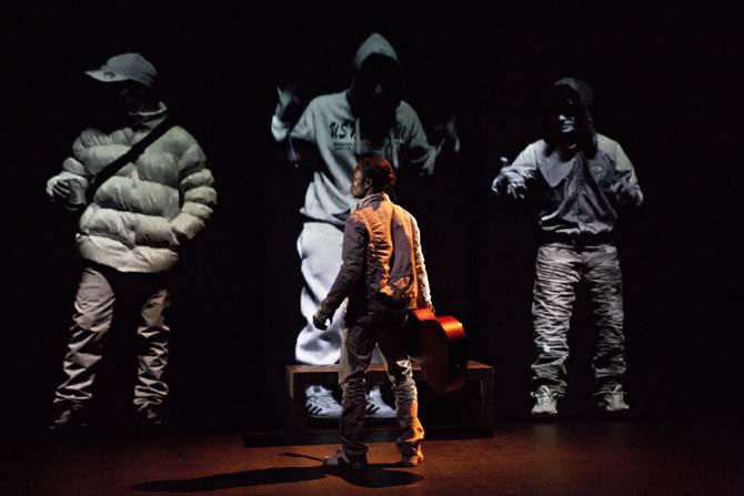 Même les Chevaliers tombent dans l'oubli - Critique sortie Avignon / 2014 Avignon Chapelle des pénitents blancs