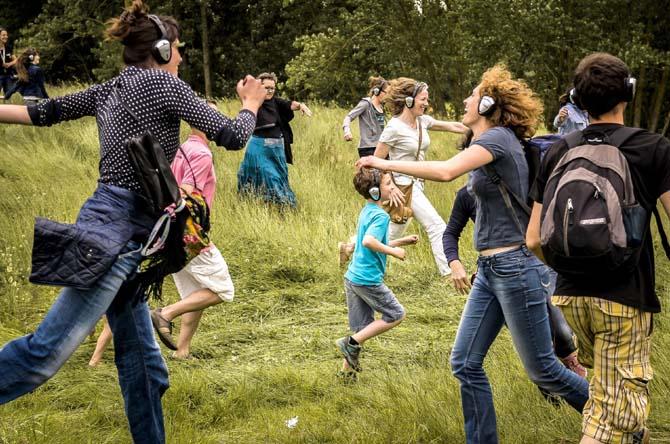 Happy Manif (walk on the love side) - Critique sortie Avignon / 2014 Avignon Grenier à sel