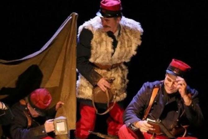 Les Coquelicots des tranchées - Critique sortie Avignon / 2014 Avignon Théâtre La Luna