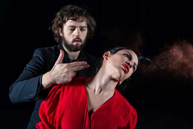 Oktobre - Critique sortie Avignon / 2014 Avignon