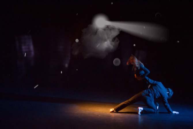 Shadowrama - Critique sortie Avignon / 2014 Avignon Théâtre Golovine
