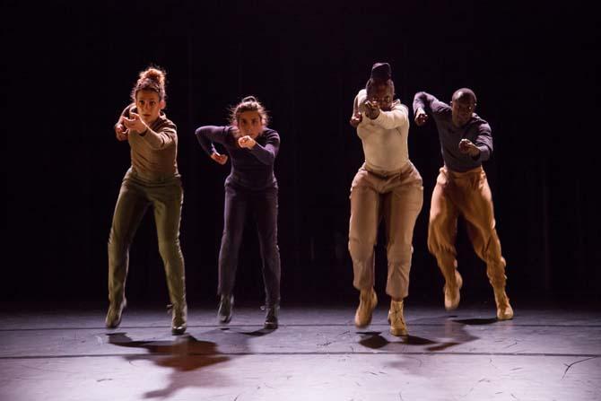 Noir de boue et d'obus - Critique sortie Avignon / 2014 Avignon Théâtre Golovine