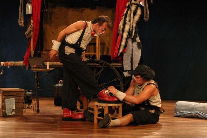 O Sapato Do Meu Tio (Les Chaussures de mon oncle) - Critique sortie Avignon / 2014 Avignon Présence Pasteur