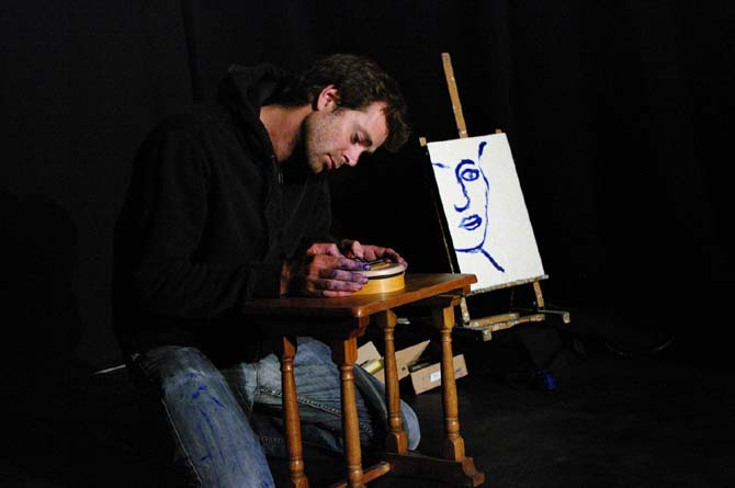 Un Obus dans le cœur - Critique sortie Avignon / 2014 Avignon Espace Alya