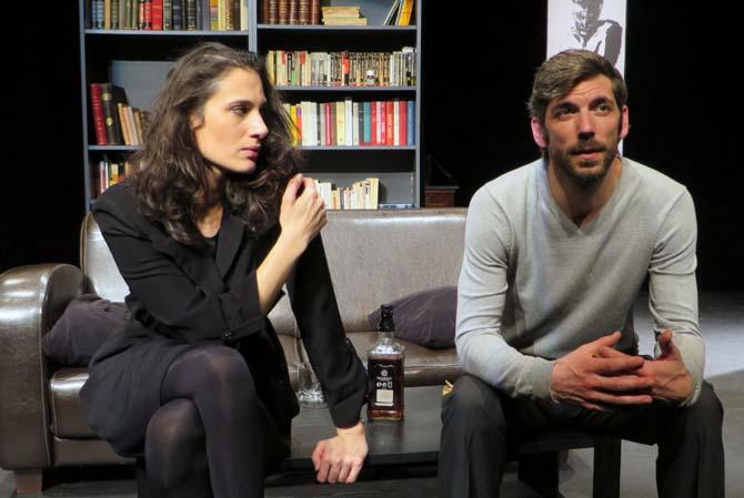 Petits Crimes conjugaux - Critique sortie Avignon / 2014 Avignon Espace Roseau