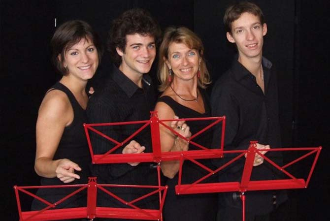 Un rien nous fait chanter - Critique sortie Avignon / 2014 Avignon Espace Roseau