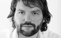 L'auteur norvégien Arne Lygre. Crédit : DR