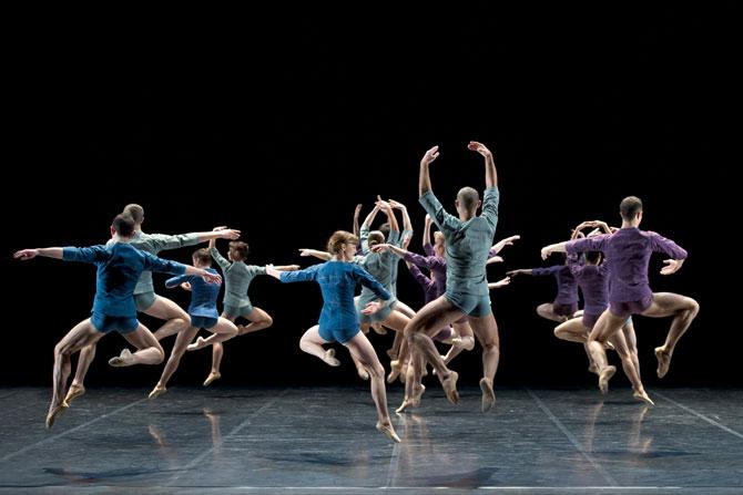 © Laurent Philippe Corps de ballet, de Noé Soulier.