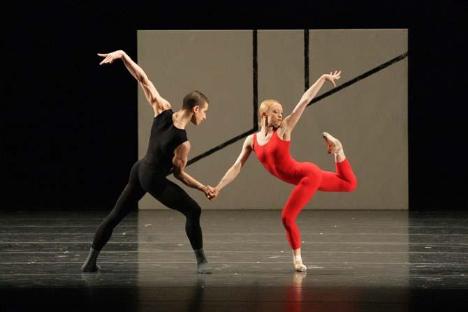 William Forsythe, SemperOper Ballett de Dresde - Critique sortie Danse Paris Théâtre de la Ville