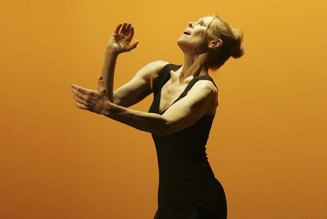 Entretien / Carolyn Carlson - Critique sortie Danse Paris Théâtre national de Chaillot