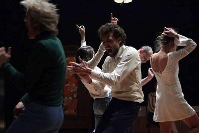 Des années 70 à nos jours (triptyque) - Critique sortie Théâtre Paris Théâtre des Abbesses