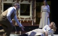 Reprise de La Mouette, avec Nicole Garcia, au Théâtre des Amandiers. Crédit photo : Marc Enguerand