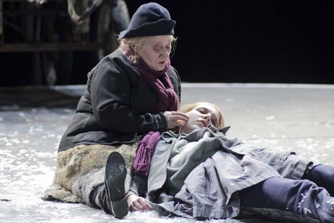 Mutter Courage und ihre Kinder (Mère Courage et ses enfants) - Critique sortie Théâtre Paris Théâtre de la Ville