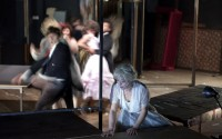 Passim, la dernière création du Théâtre du Radeau. Crédit visuel : Brigitte Enguerand