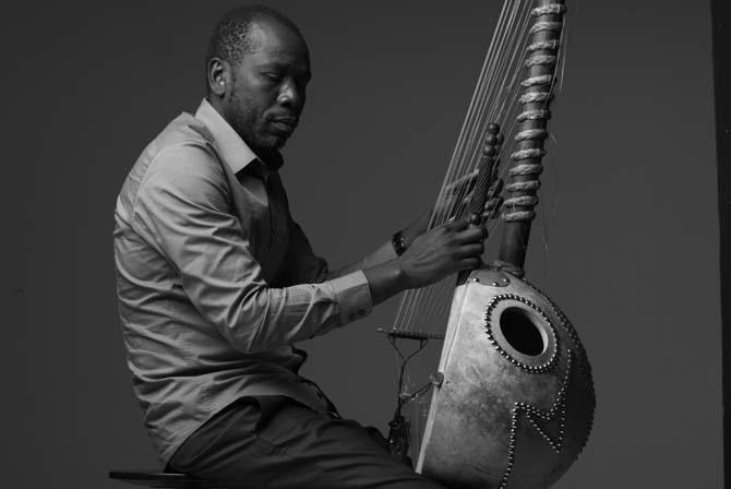 Ballaké Sissoko - Critique sortie Jazz / Musiques Asnières-sur-Oise Abbaye de Royaumont
