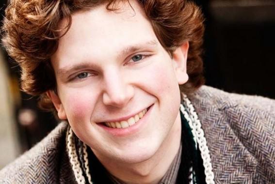 Jayson Gillham, jeune pianiste australien très sensible à la musique française.  © Andy Holdsworth