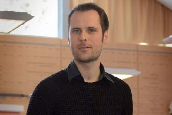 La création d'Ambidextre constitue la troisième participation de Pierre-Yves Macé au Festival d'Automne. © Vincent PONTET/WikiSpectacle