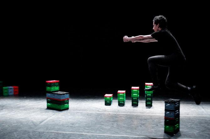 Atelier de Paris-Carolyn Carlson - Critique sortie Danse Paris Atelier de Paris-Carolyn Carlson