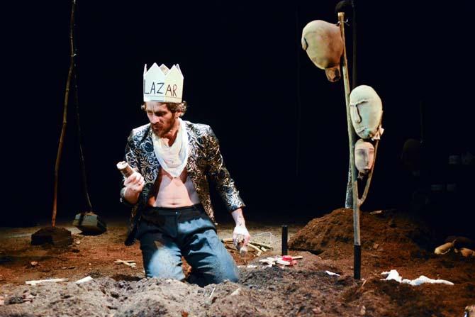 La Vieille Guerre – Bataille du Kosovo 1389 - Critique sortie Théâtre Paris Théâtre de l'Opprimé