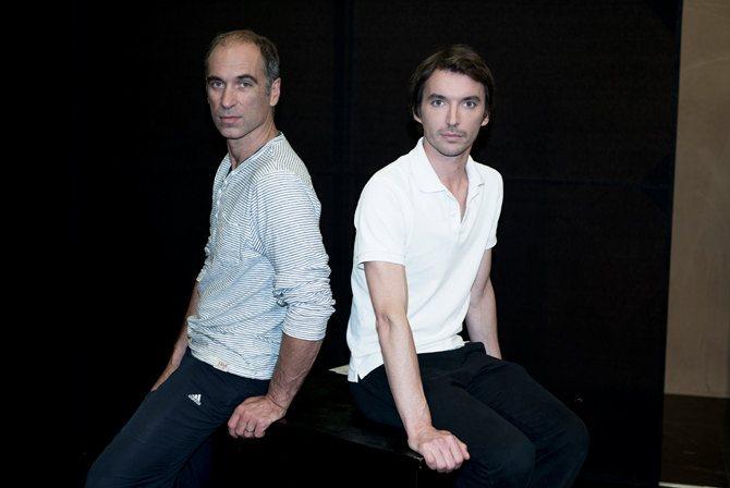 Photo : Jean-Christophe Guerri et Clément Hervieu-Léger, interprètes des Cahiers de Nijinski.