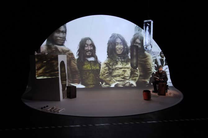 Macha Makeïeff / Un ethnologue invité sur la scène de la Criée - Critique sortie Théâtre Marseille La Criée - Théâtre National de Marseille