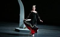 Légende : Les danseurs de la compagnie Studio 3 imprégnés de l'univers de Martha Graham.